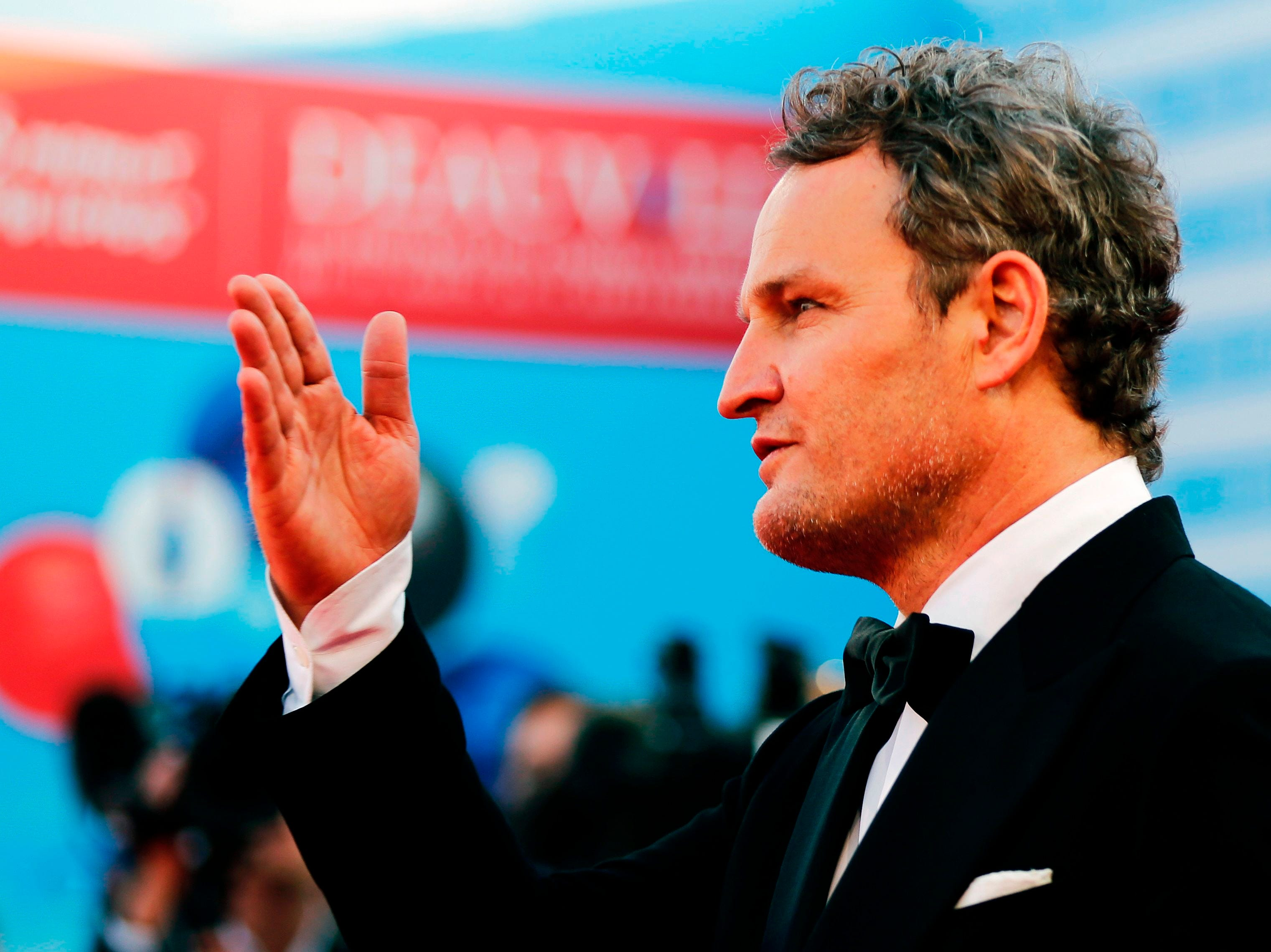 Jason Clarke on the red carpet at the opening ceremony of the 44th Deauville US Film Festival on Aug. 31, 2018.