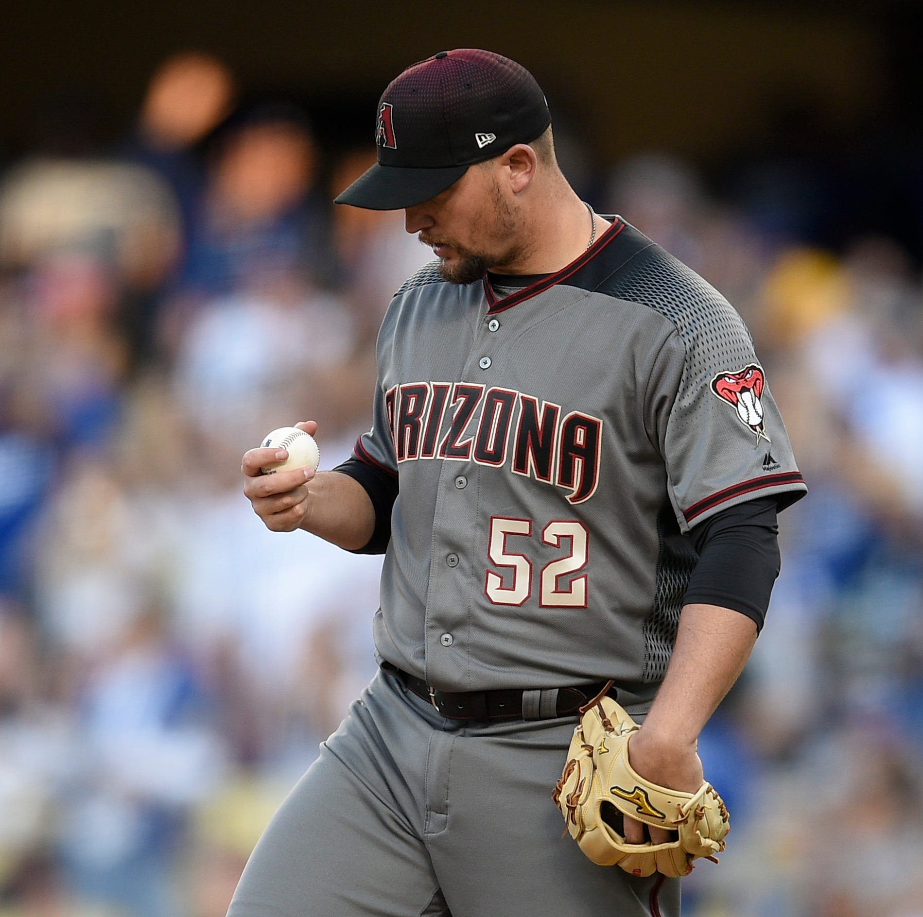 Dodgers rip Diamondbacks again to take lead in season-opening series