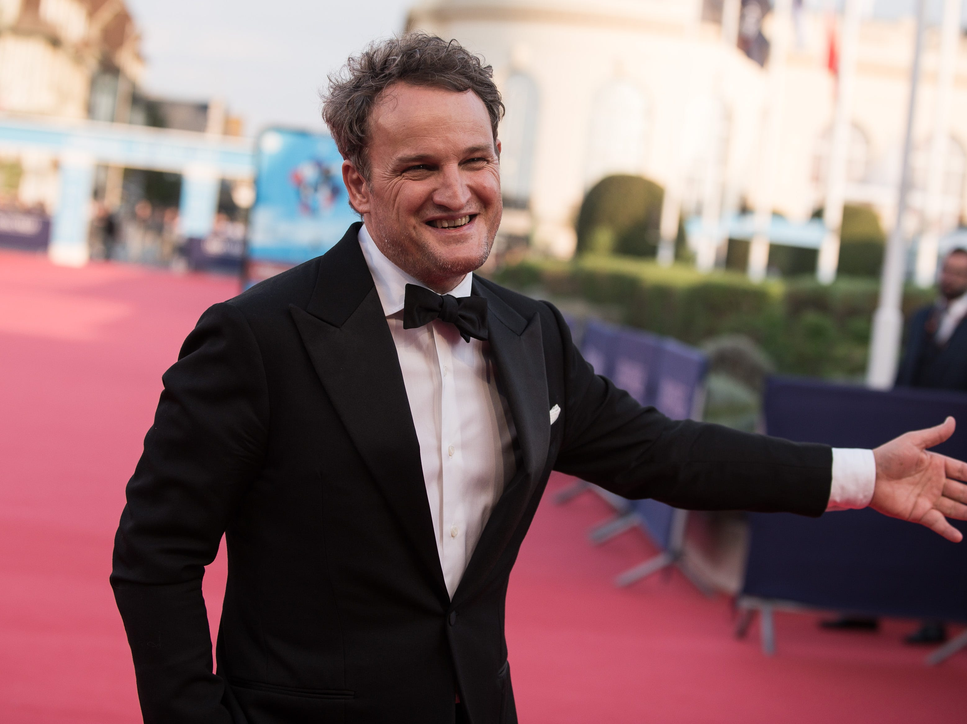 Jason Clarke on the red carpet before the opening ceremony of the 44th Deauville US Film Festival on Aug. 31, 2018.