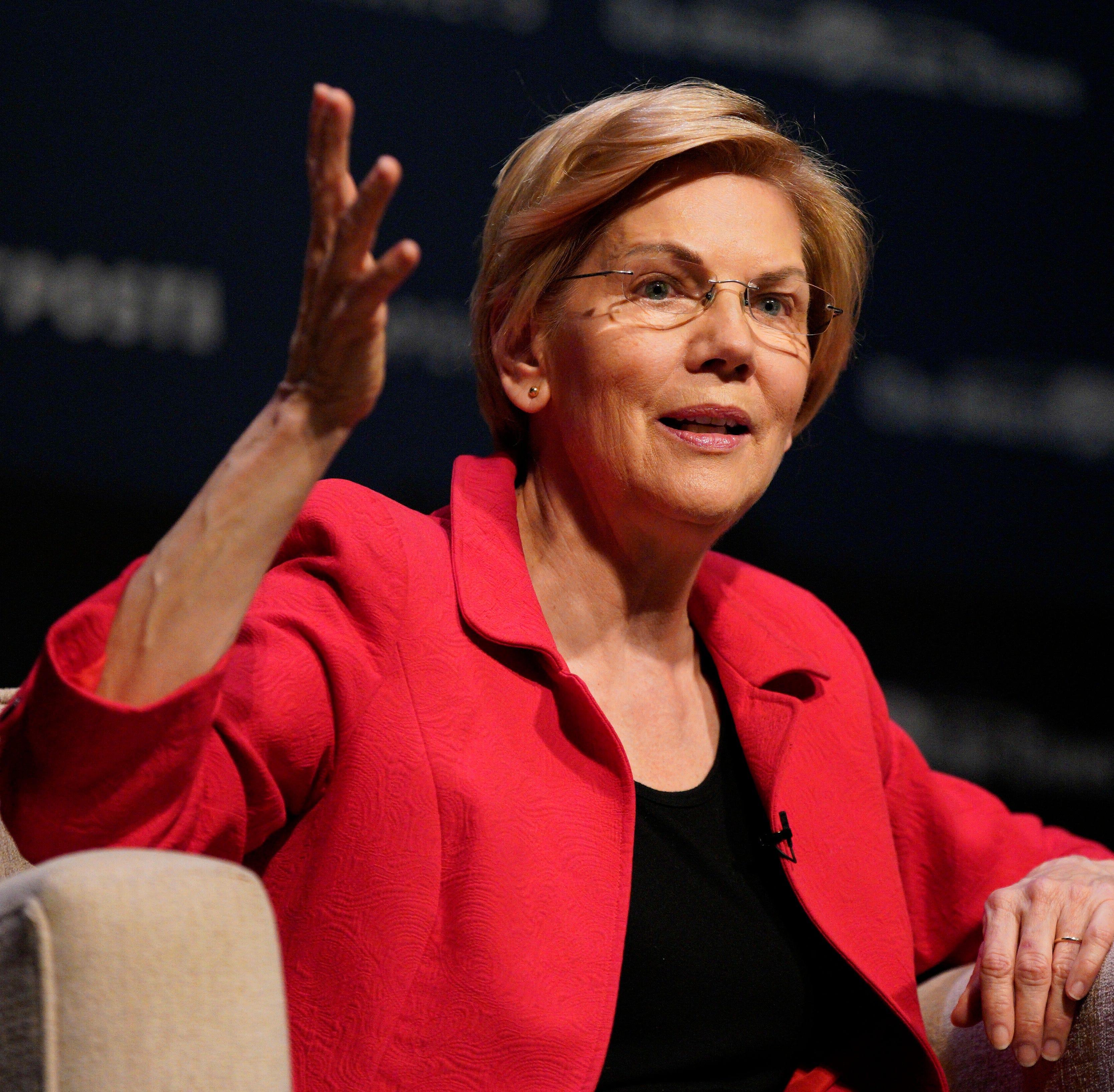 Democratic presidential contenders Warren, Klobuchar agree on breaking up Big Ag
