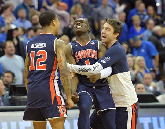 Auburn guard Jared Harper (1) led the Tigers into the Final Four on Sunday.