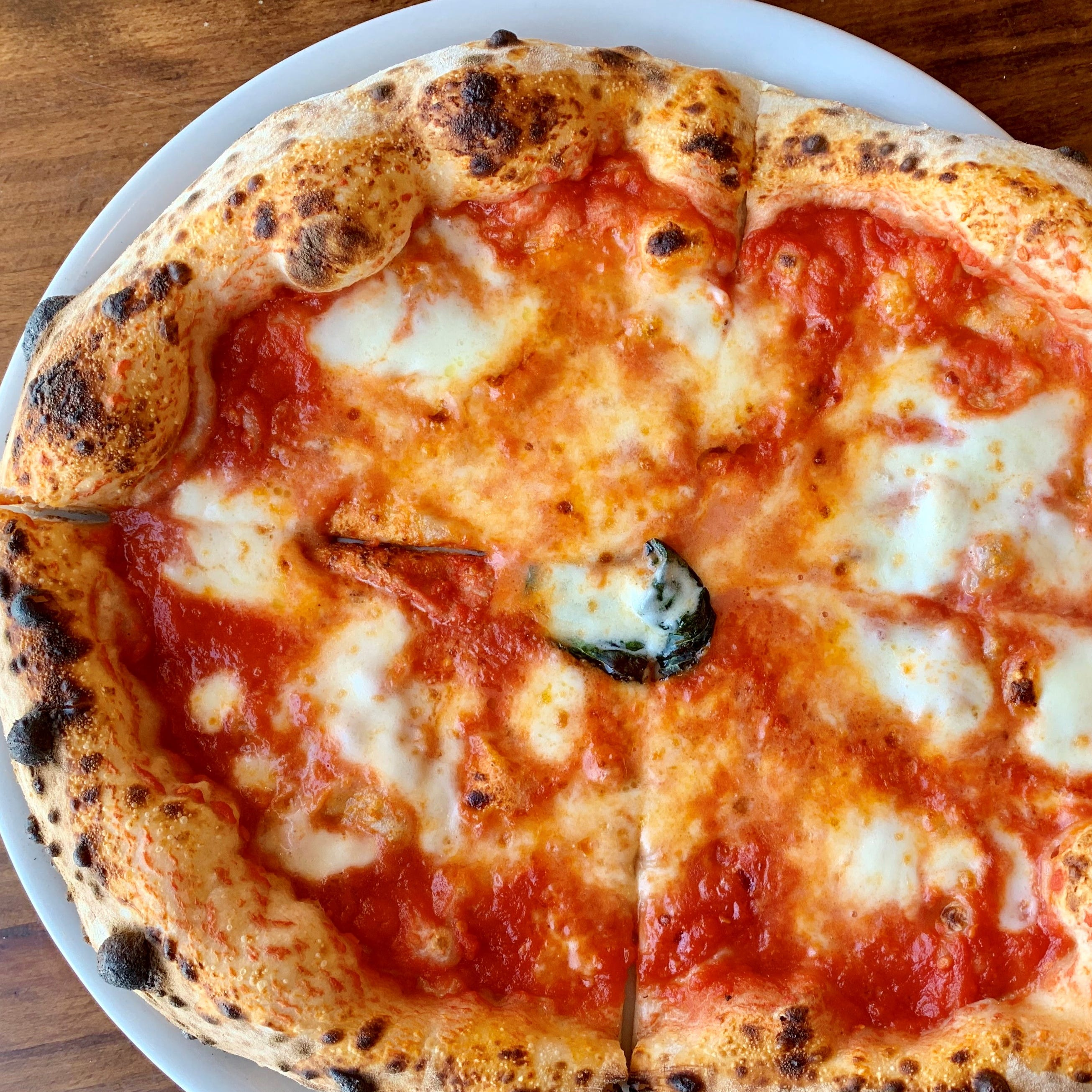 Restaurant review: Mangia e Bevi in Cocoa Beach brings true Neapolitan pizza to Brevard