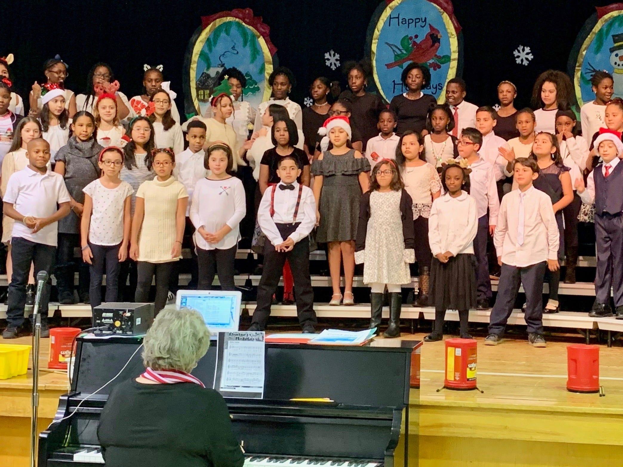 Linden School No. 4 chorus