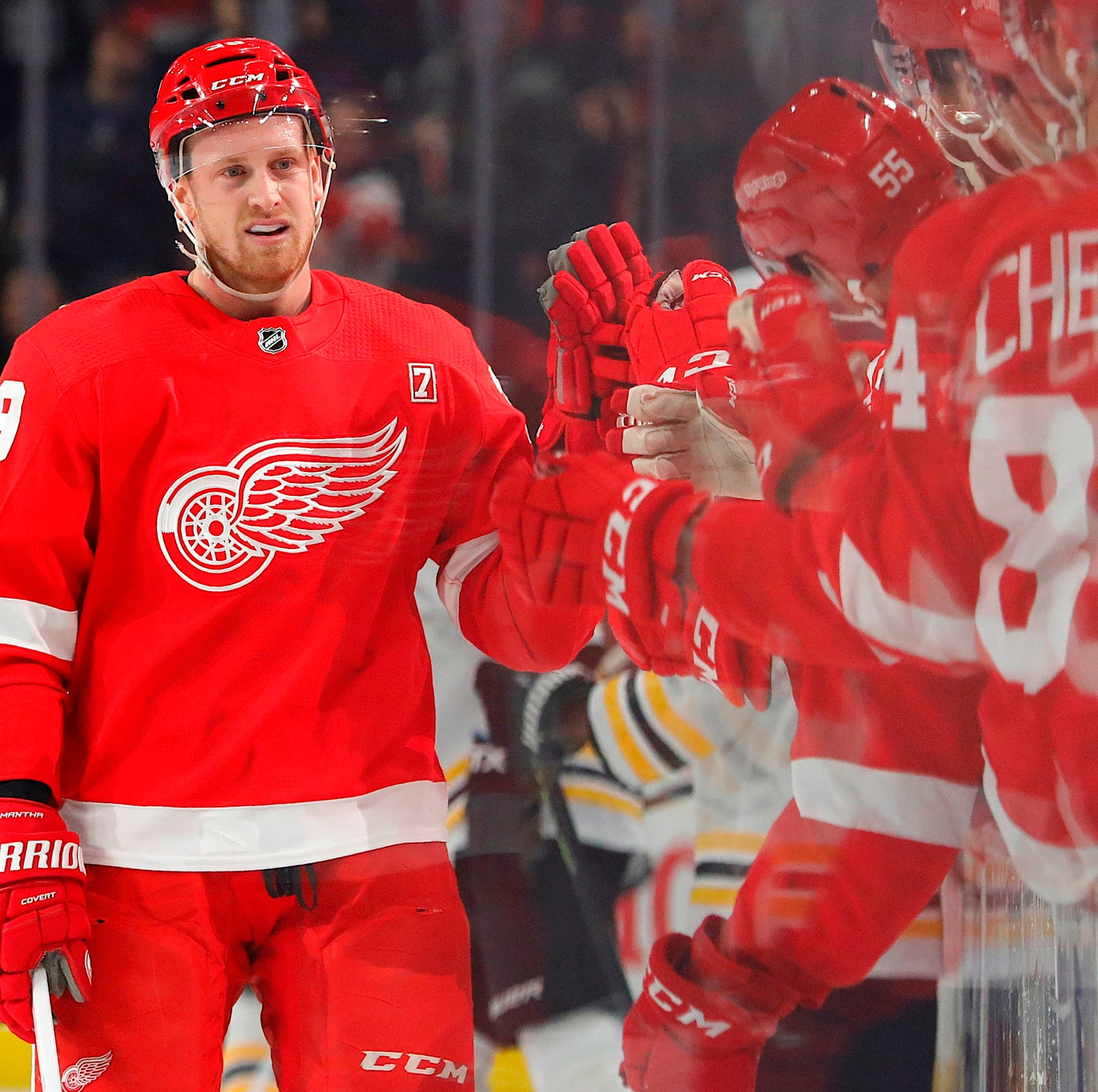 Detroit Red Wings' Anthony Mantha has big night as team keeps winning