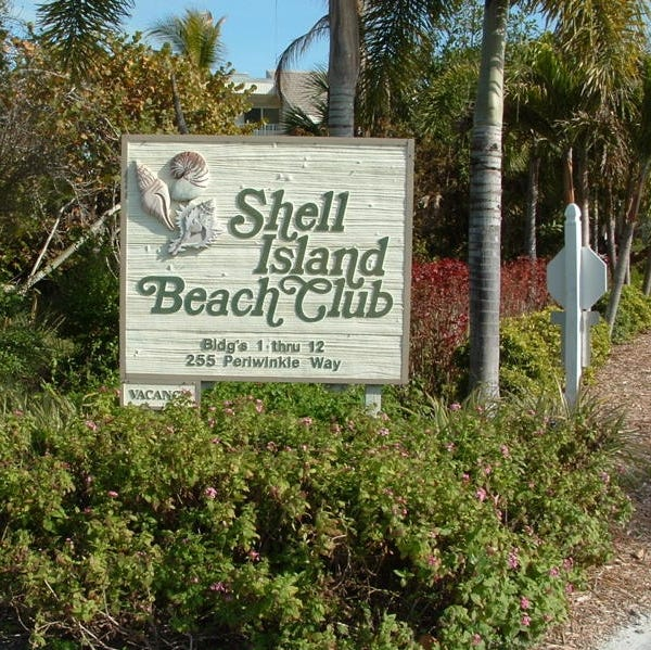 Young child hurt in fall at resort on Sanibel Island; police said wrongdoing not suspected