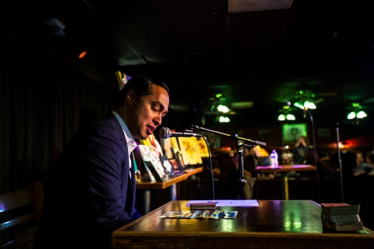 Democratic presidential candidate Julián Castro calls out cards during a Lotería game night hosted by LULAC Council 308 on Sunday, March 31, 2019, at The Mill in downtown Iowa City, Iowa.