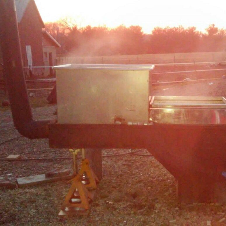 Lovina's Amish Kitchen: Tim, Mose make maple syrup