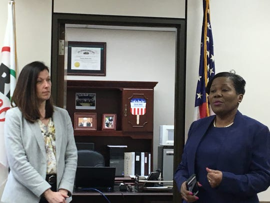 Richland County Commissioner Marilyn John and Rose Simmons of the U.S. Census Bureau.