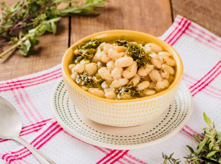 White bean and lemony kale soup from Juicy's Wellness Cafe.