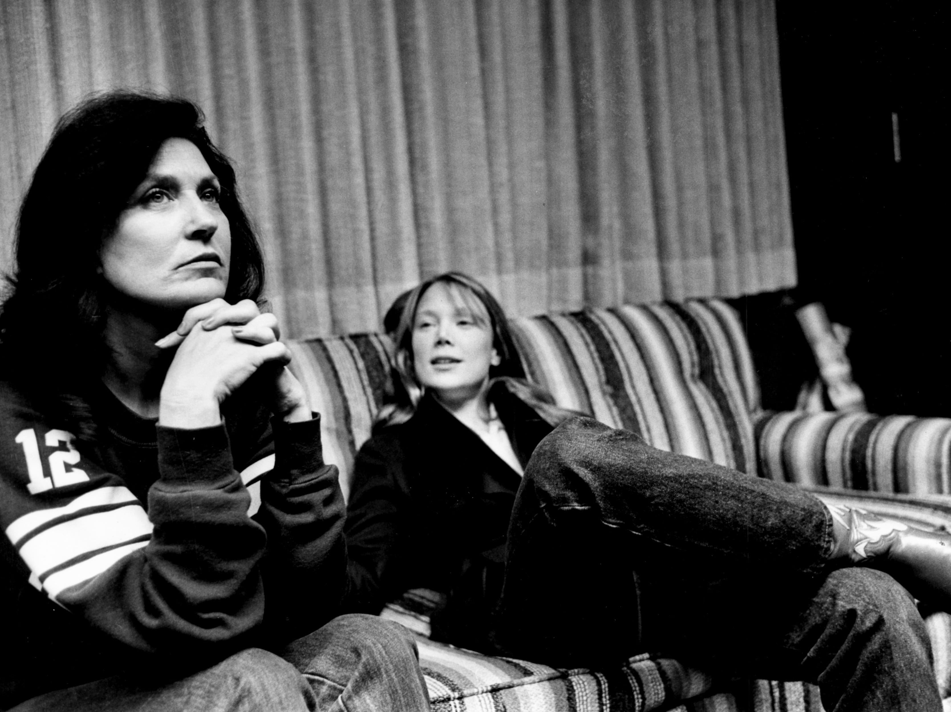 Loretta Lynn, left, and Sissy Spacek enjoy some downtime while discussing the autobiographical film about Lynn's rise to fame in country music March 3, 1979.