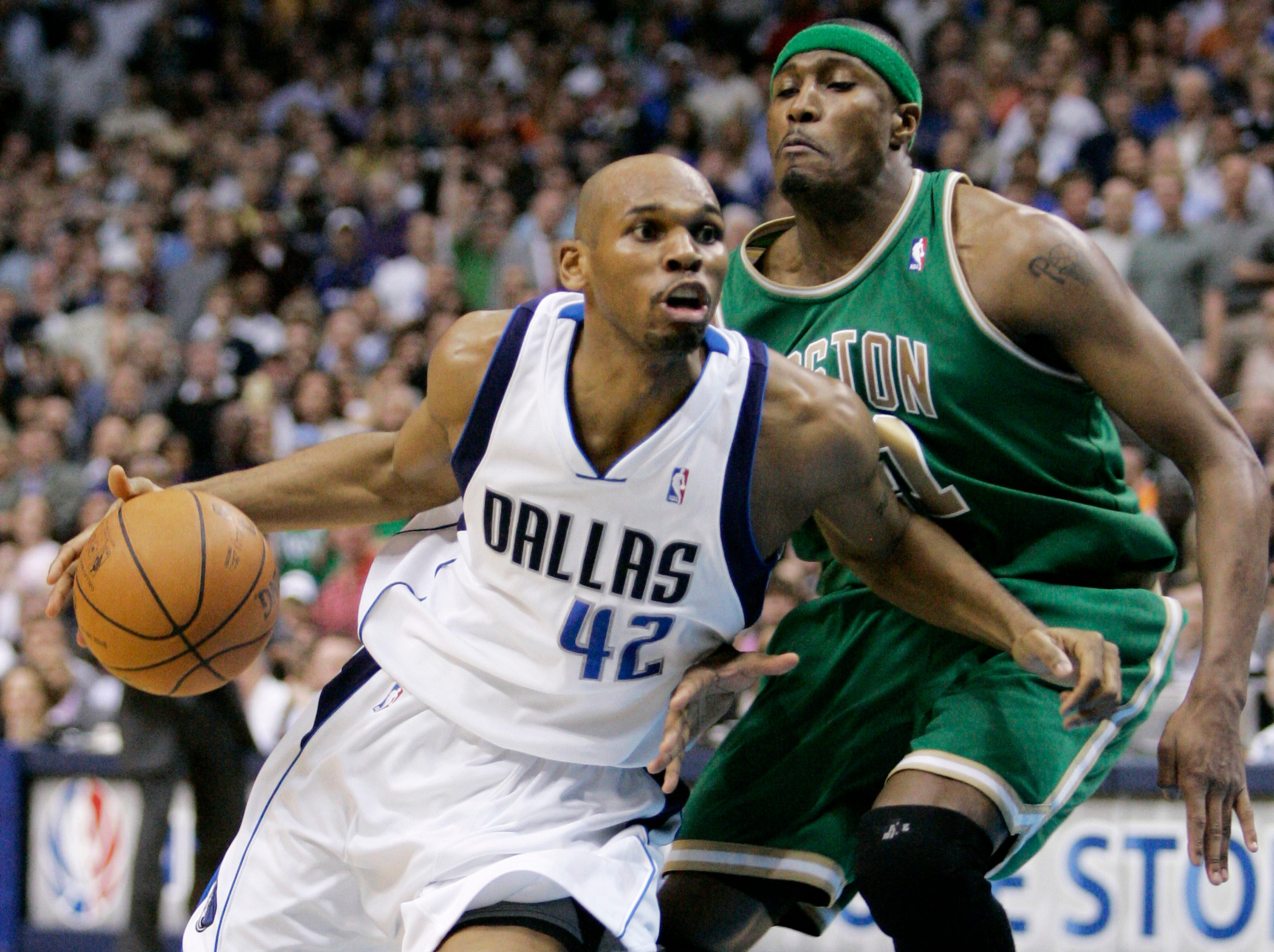 Dallas Mavericks guard Jerry Stackhouse (42) drives past Boston Celtics forward James Posey, right, in the second half of an NBA basketball game in Dallas, Thursday, March 20, 2008. The Celtics won 94-90.