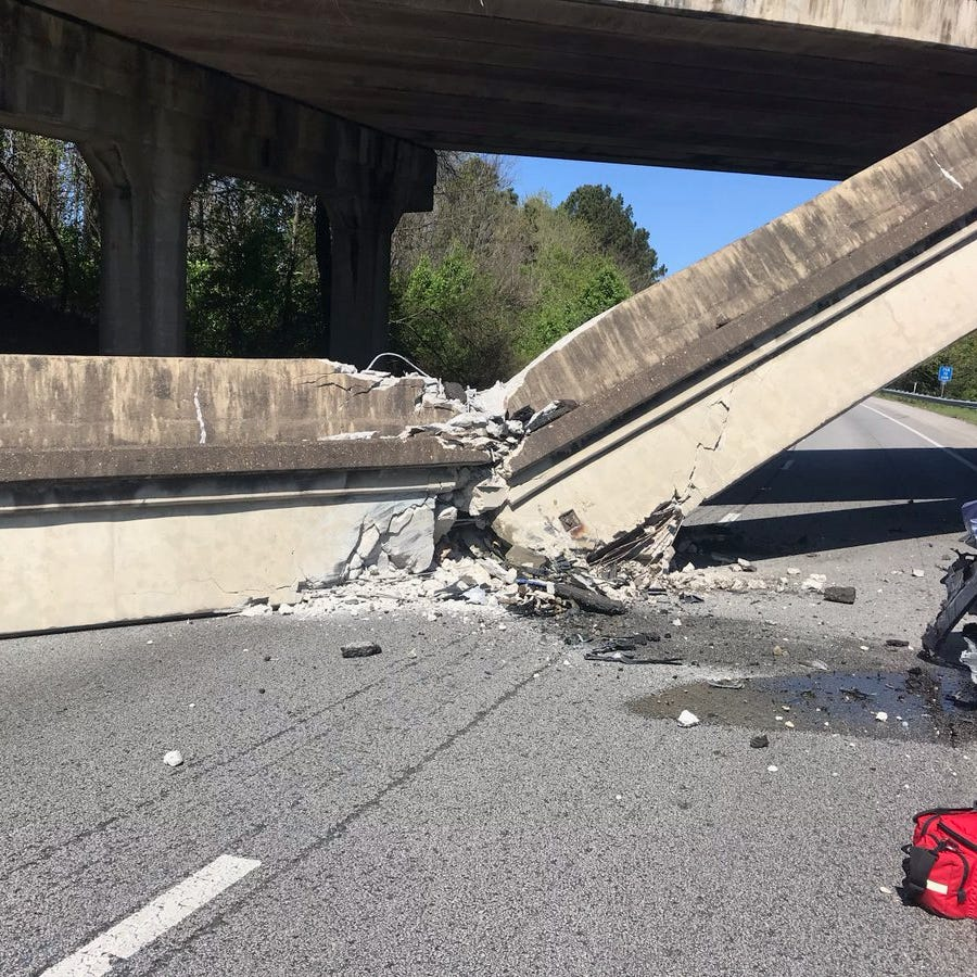 Concrete bridge barrier collapses onto I-75 in Chattanooga, shuts down part of interstate