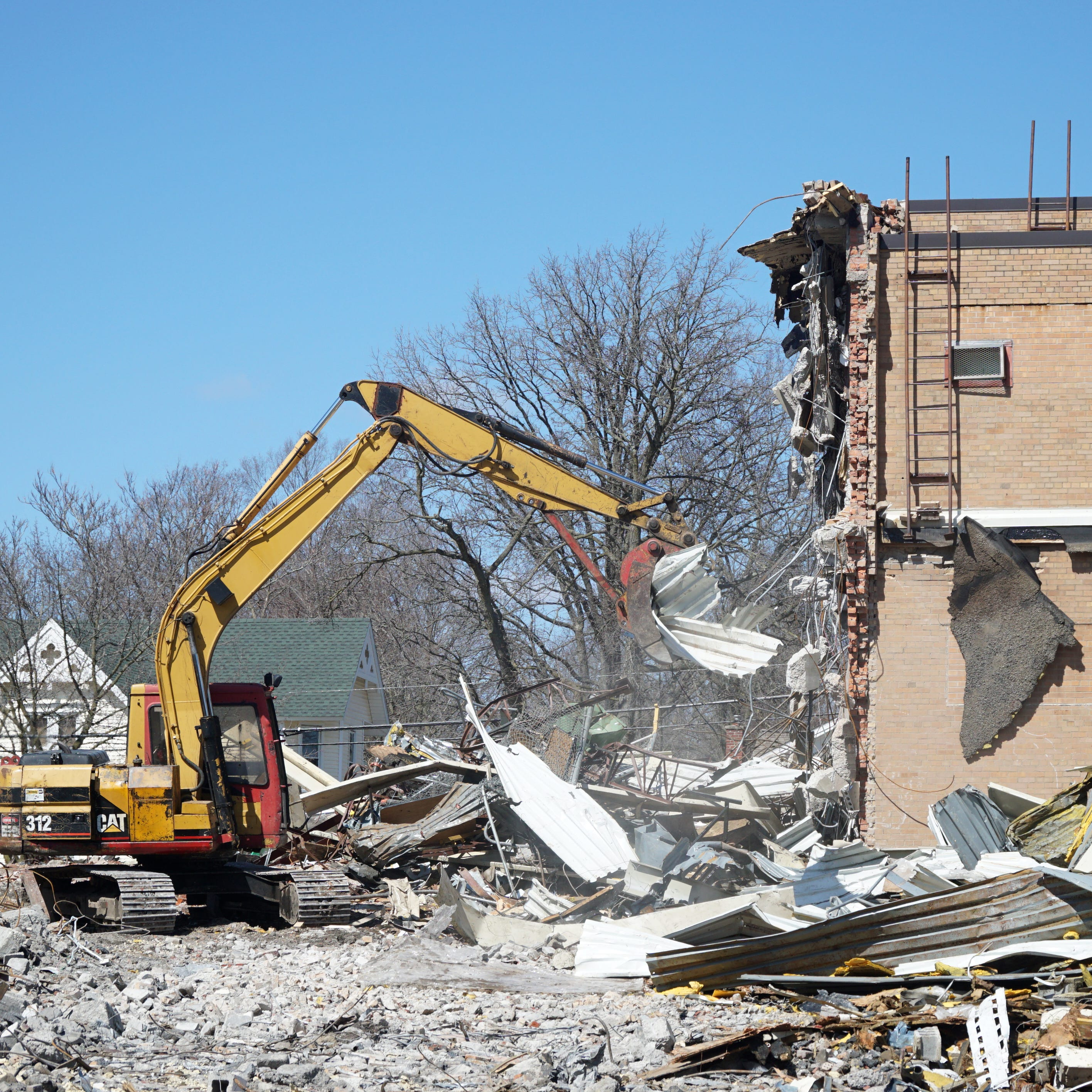 Main Street School's demolition expected to be done mid-May