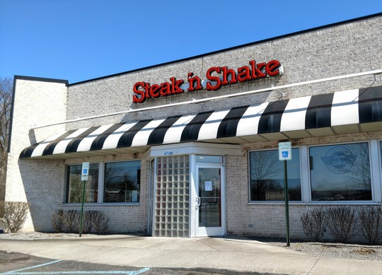 The Steak 'N Shake on Middlebelt in Livonia has closed. A sign in the window says it will reopen under a new franchise owner, though there's no word on when that would take place.