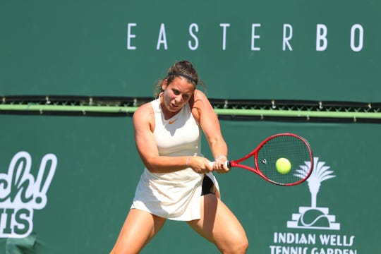Emma Navarro, 17, added a second USTA Gold Ball to her vast collection as she added the singles title to the doubles she won Saturday in taking out 14-year-old No. 14 seeded Robin Montgomery, 6-0, 7-6 (2), for the girls' ITF 18s title.