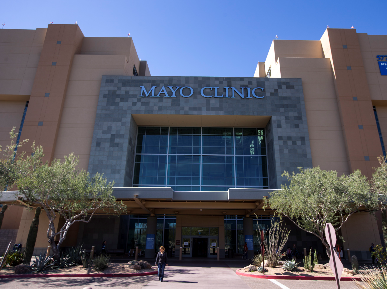 The entrance to the Mayo Clinic is pictured on Friday, Mar. 29, 2019, in Phoenix.
