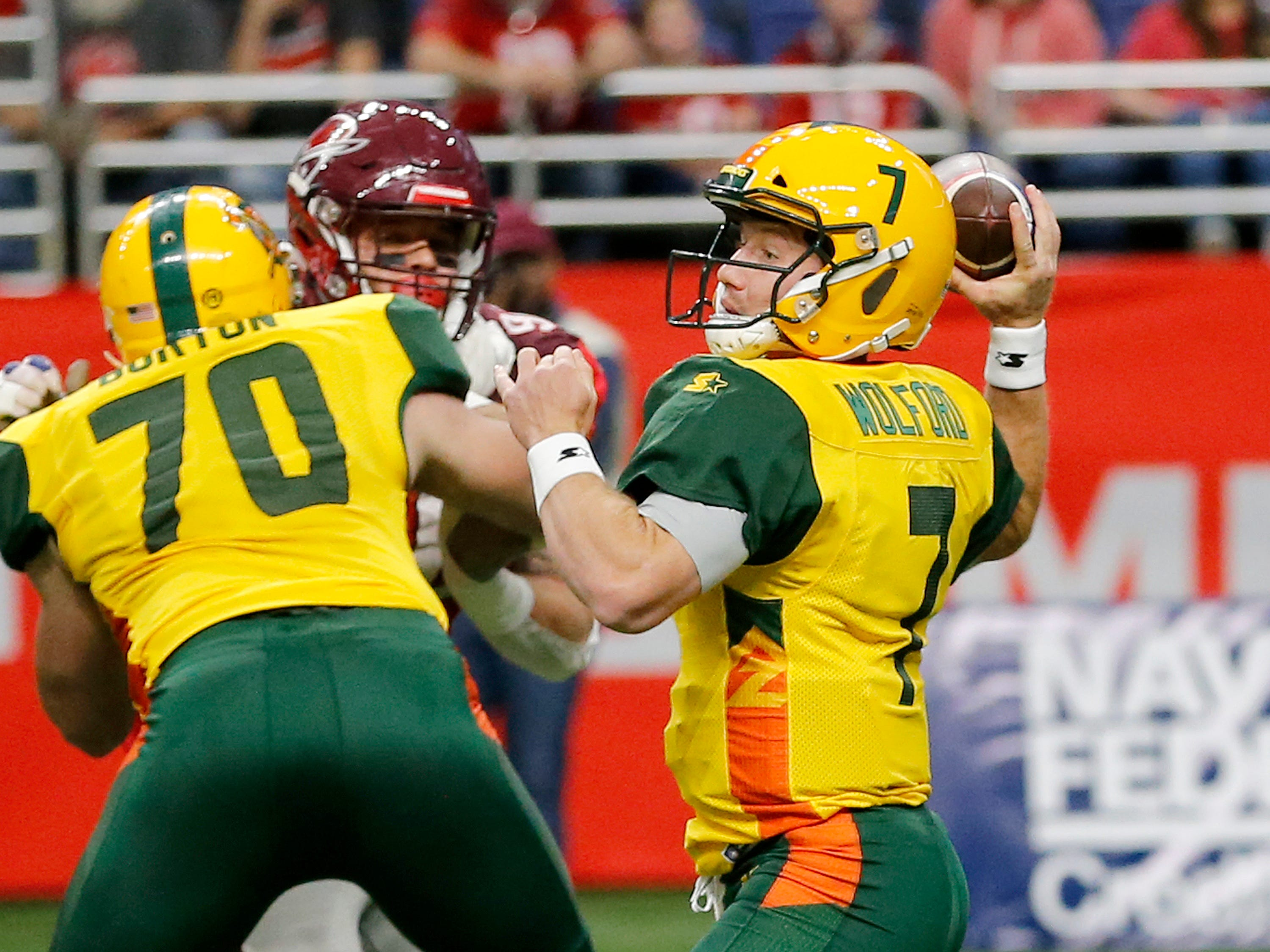 Arizona Hot Shots quarterback John Wolford (7) passes the ball during an Arizona Hotshots at San Antonio Commanders AAF football game, Sunday, March 31, 2019, at the Alamodome in San Antonio.