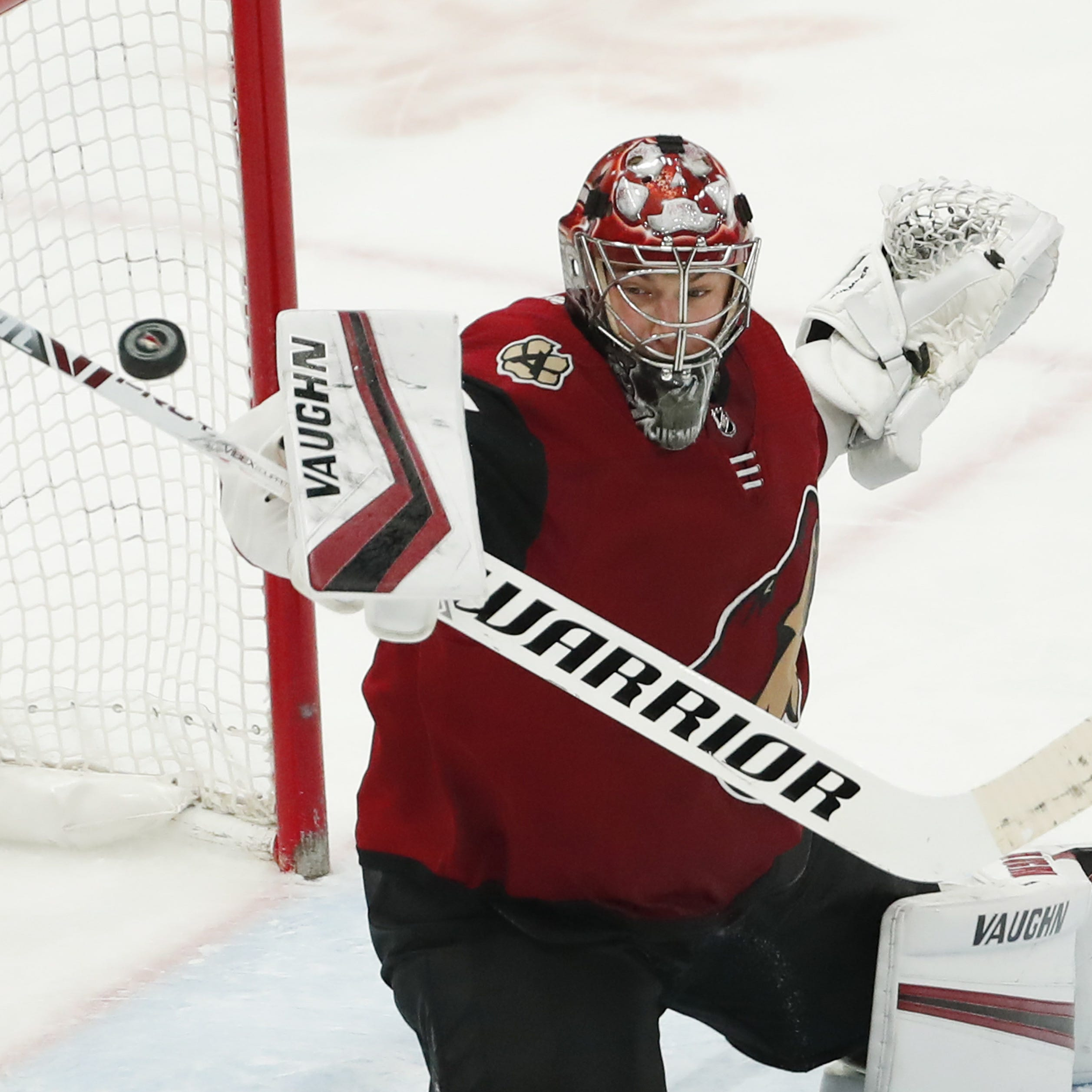 'The heartbeat of our team': Iron man Darcy Kuemper keeps Coyotes' playoff push alive with shutout of Wild