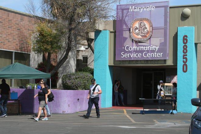 Chicanos Por La Causa ofrece diferentes servicios a la numerosa comunidad de Maryvale, al oeste del Valle.