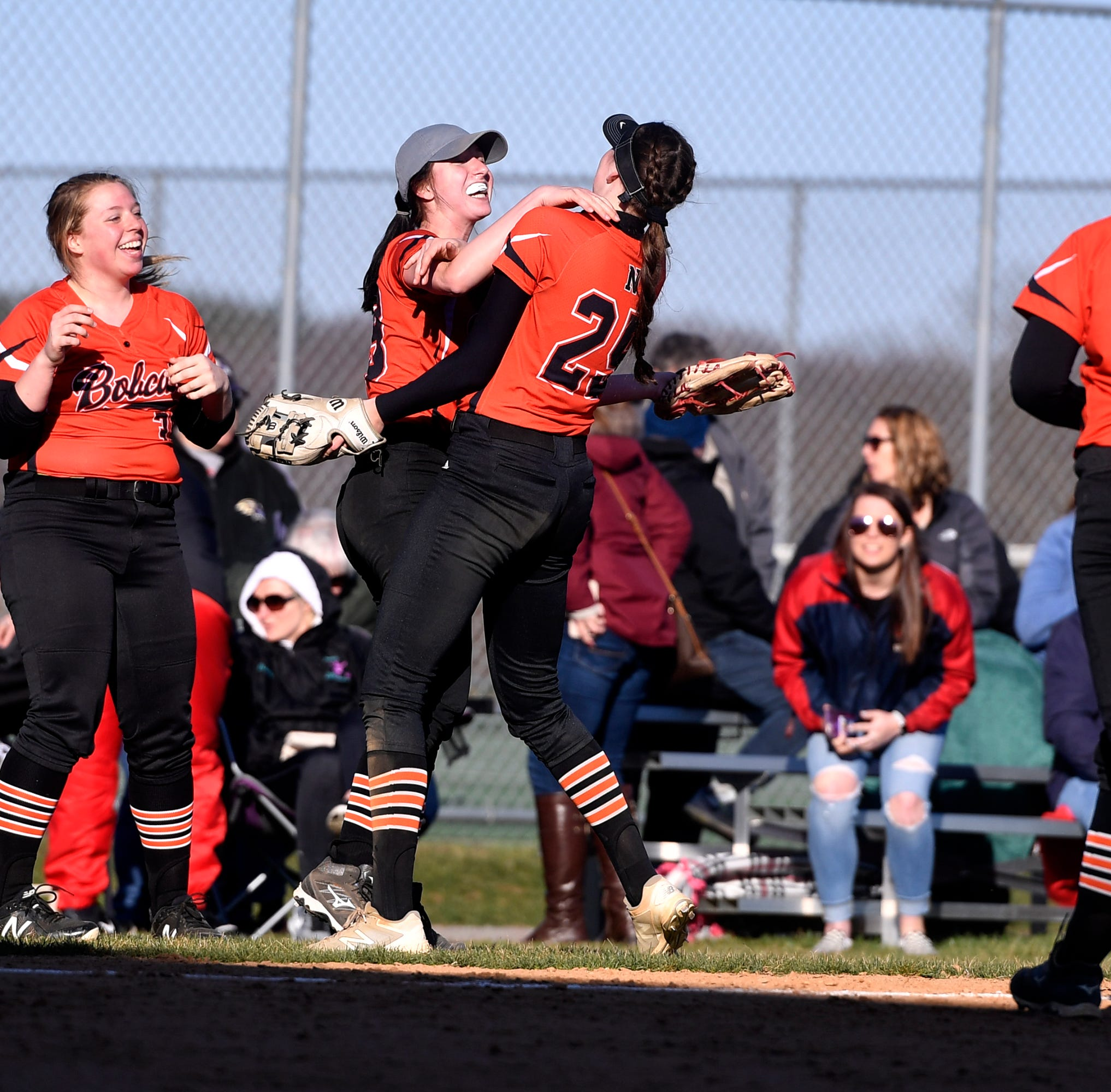PREP ROUNDUP, MONDAY, APRIL 1: Northeastern softball team sets big goals for 2019 season