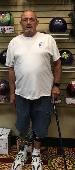 Rick Crain, an Army veteran with a prosthetic leg, bowled a 418 series in Mesquite last week, topping 400 for the first time in three years.