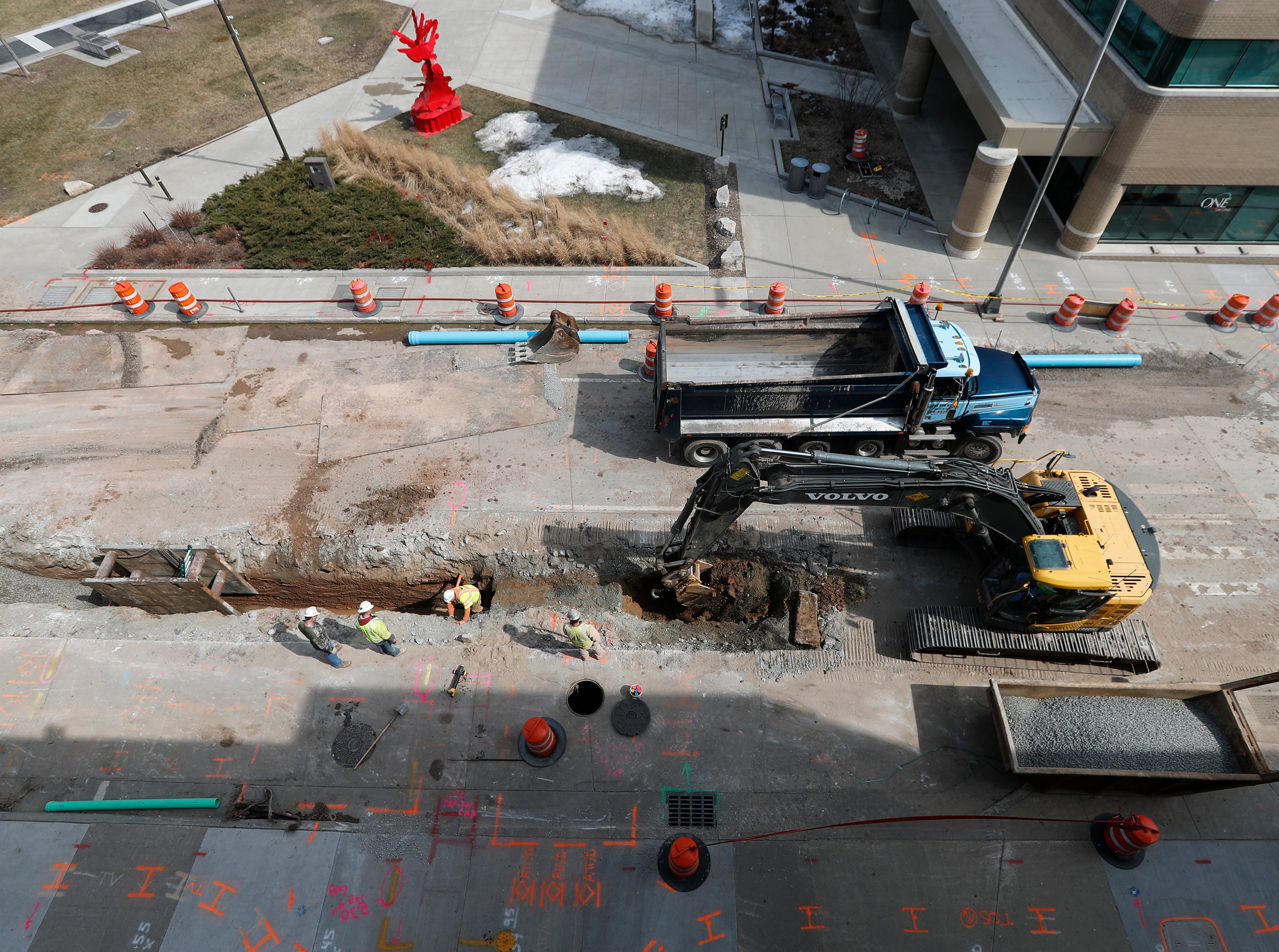 Construction work on South Appleton Street Wednesday, March 27, 2019, in Appleton, Wis. Danny Damiani/USA TODAY NETWORK-Wisconsin