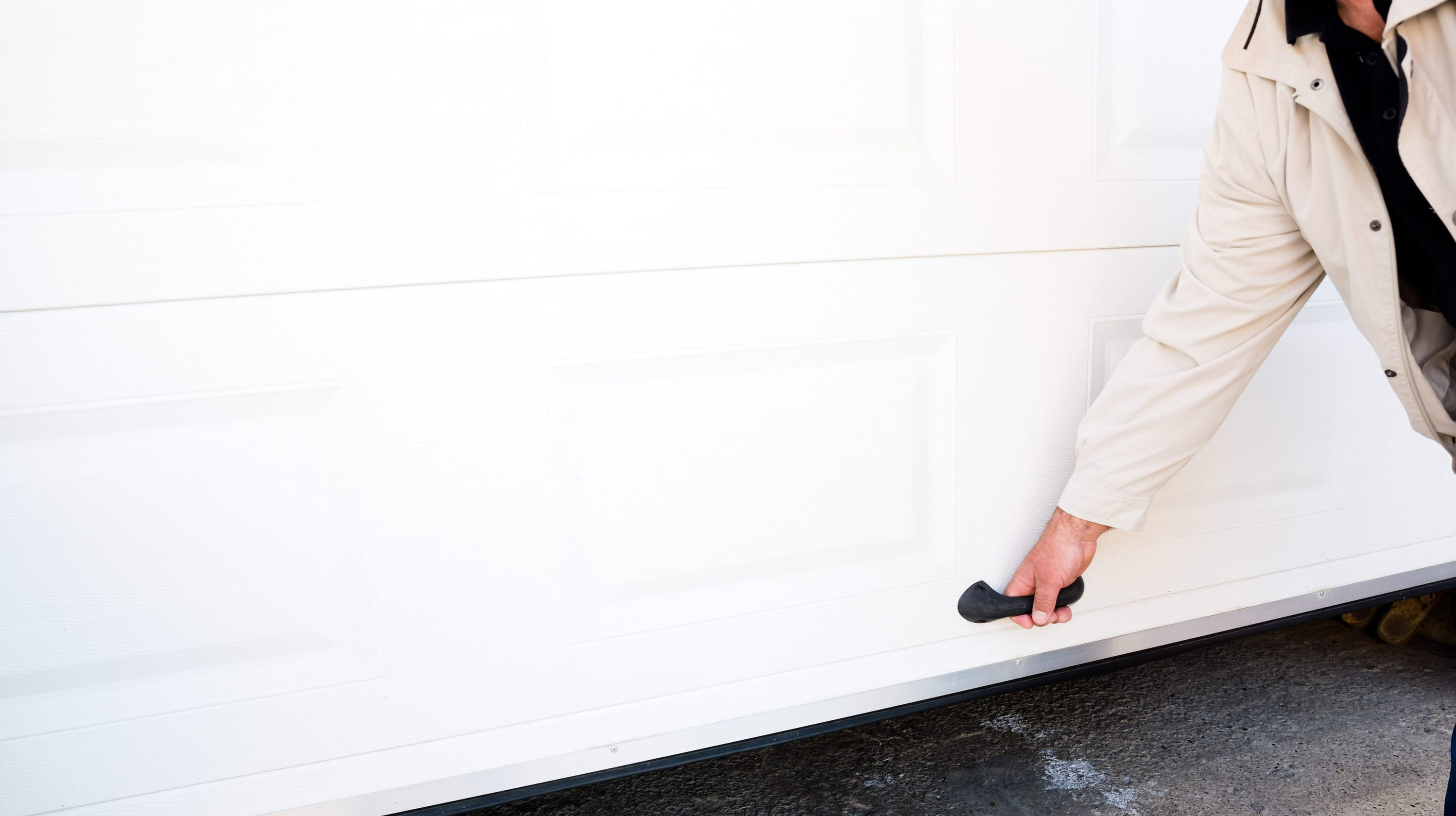 Local Business Owner Stands Up To Garage Door Repair Scammers