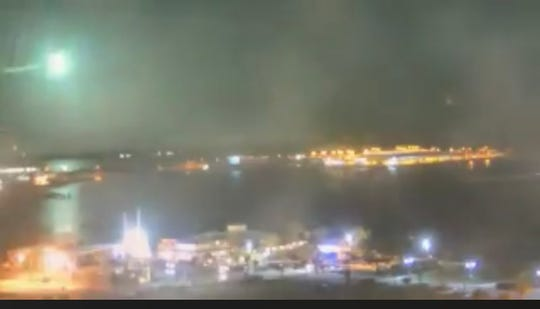 Meteor sighting: Port Canaveral cameras capture greenish
