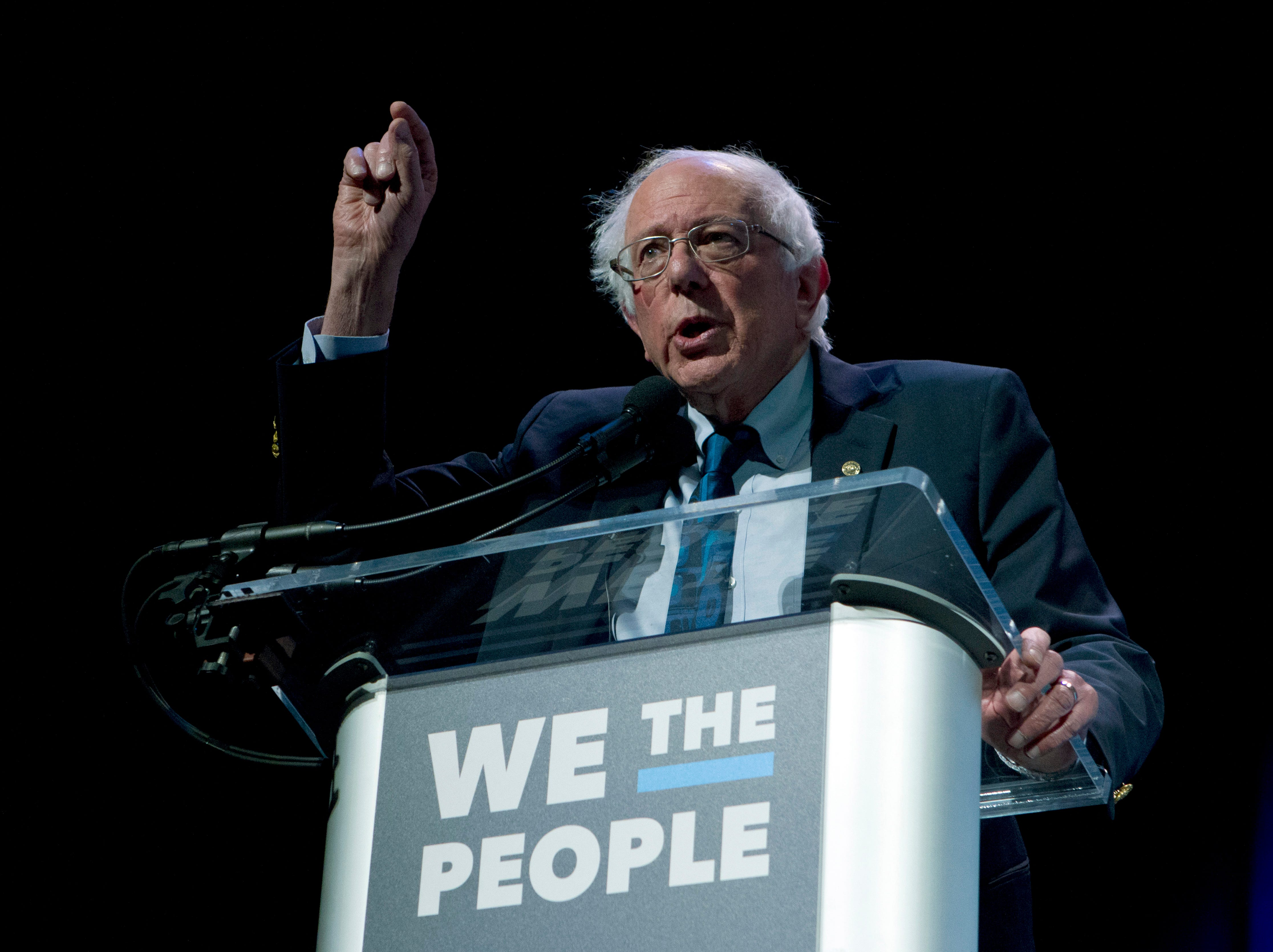Bernie Sanders is adjusting to a new campaign role: Front-runner