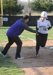 Unioto defeated Huntington 12-2 Monday afternoon at Unioto High School in five innings.