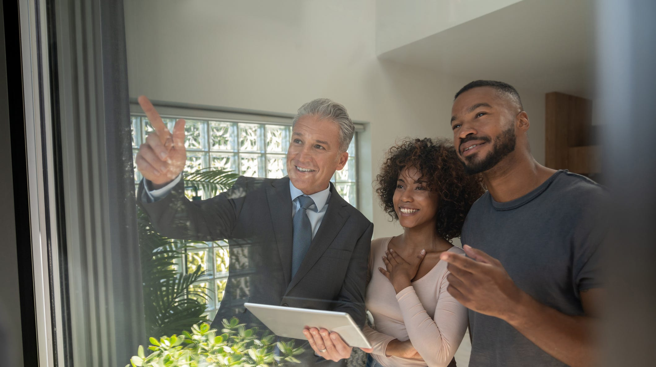 Thanks to the marketing team, all Carpenter realtors have access to comprehensive resources — from social media and newspaper listings to television advertising — for all of their properties.