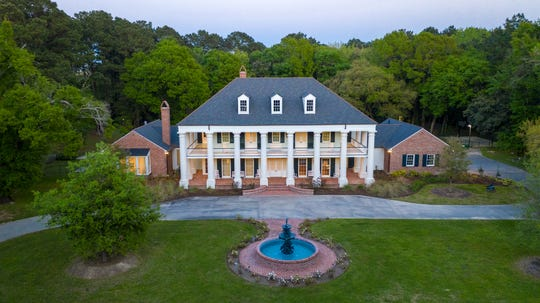 This home sits on 18 acres of prime Lafayette property.