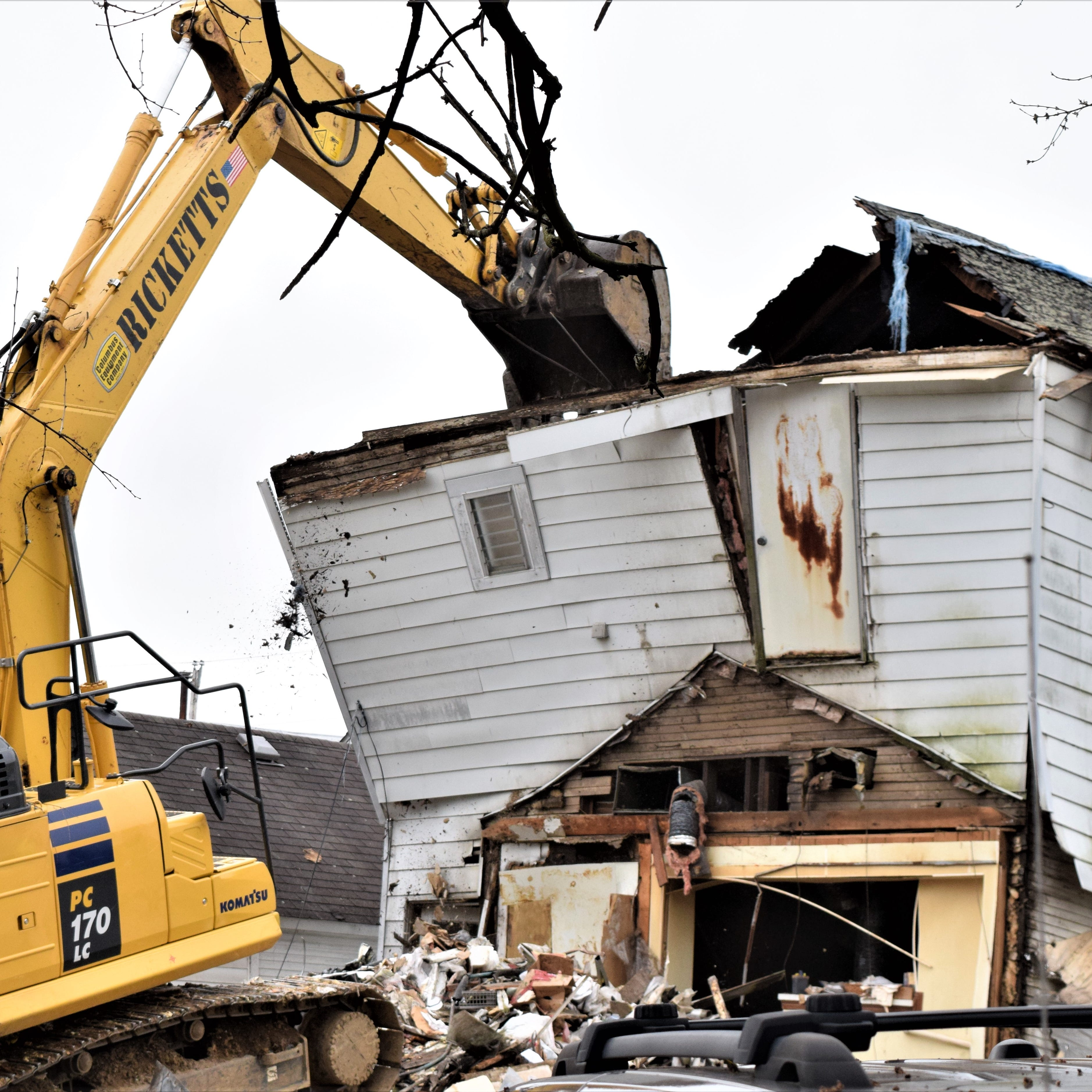 Emergency demolition ousts family in Carroll