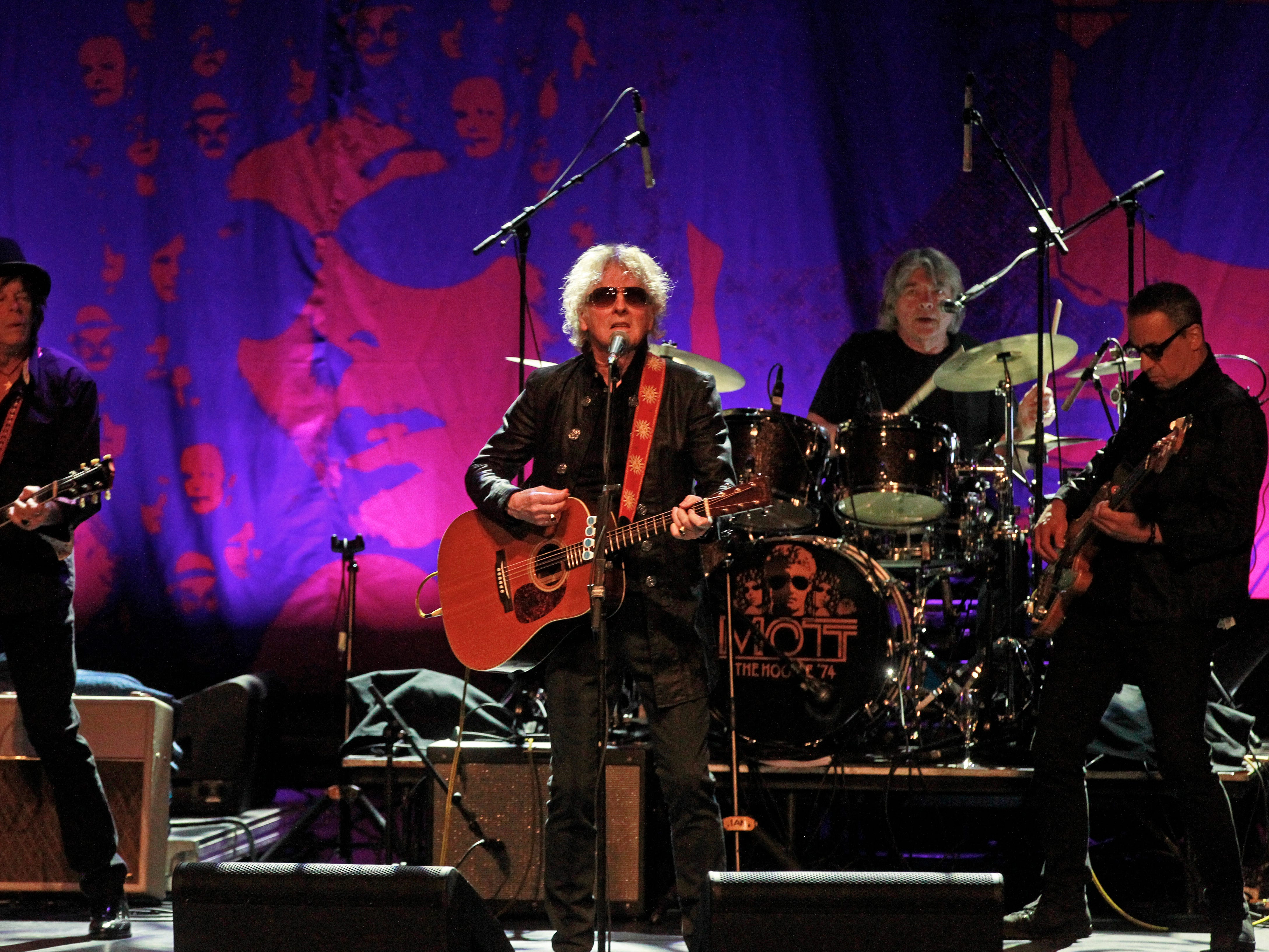 Ian Hunter, center, from the Mott The Hoople kicks off the band's first U.S. tour in 45 years at the Miller High Life Theatre in Milwaukee, Wi., Monday, April 1, 2019.