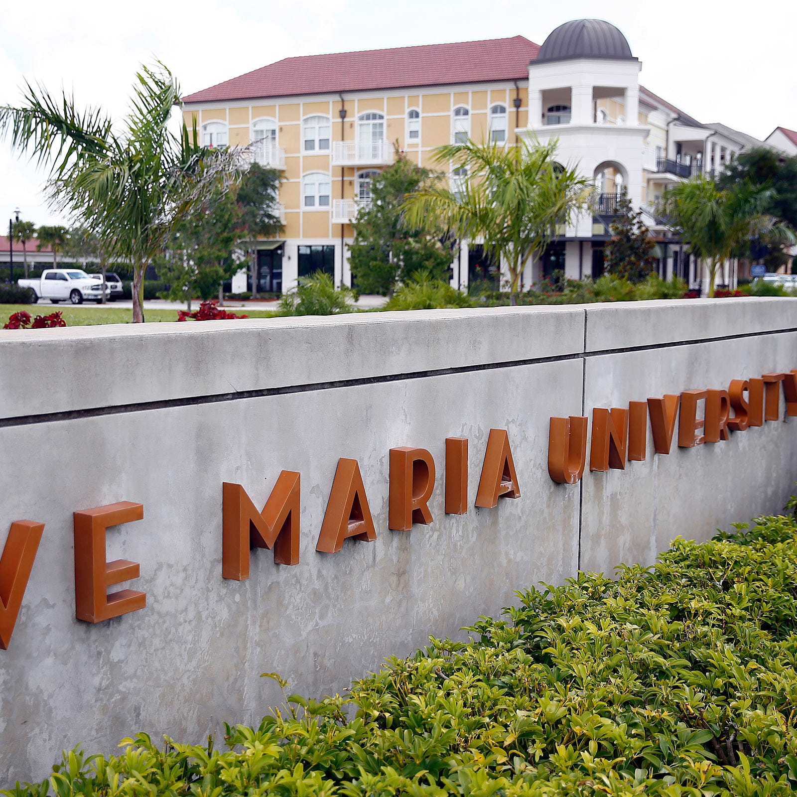 Textbook company sues Ave Maria University claiming breach of contract