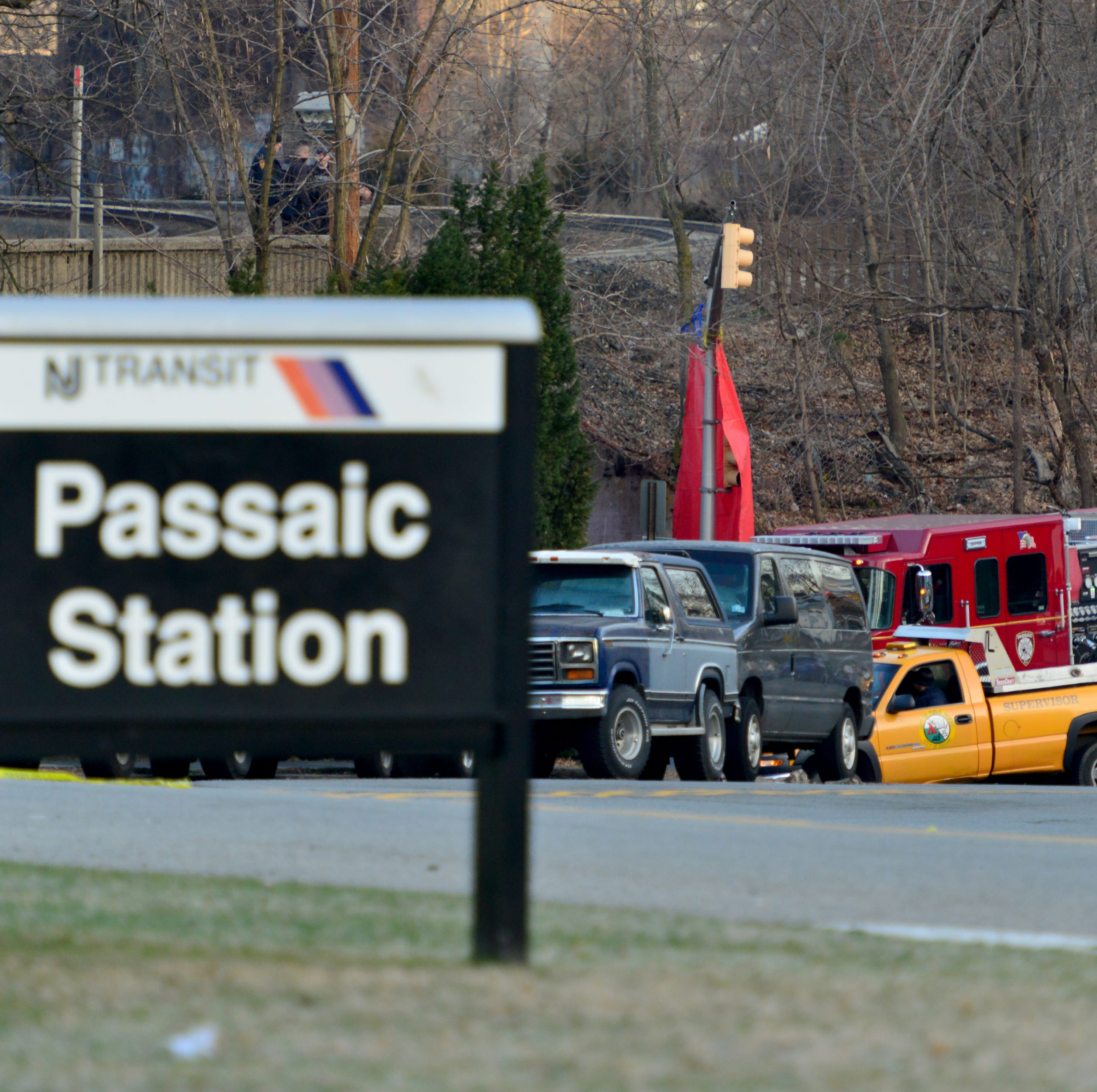 Railroad bridge death disrupts morning commute in Passaic