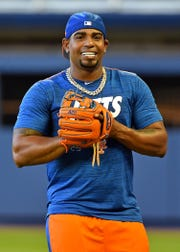 Apr 1, 2019; Miami, FL, USA; New York Mets left fielder Yoenis Cespedes (52) warms up before a game against the Miami Marlins at Marlins Park. Mandatory Credit: Steve Mitchell-USA TODAY Sports