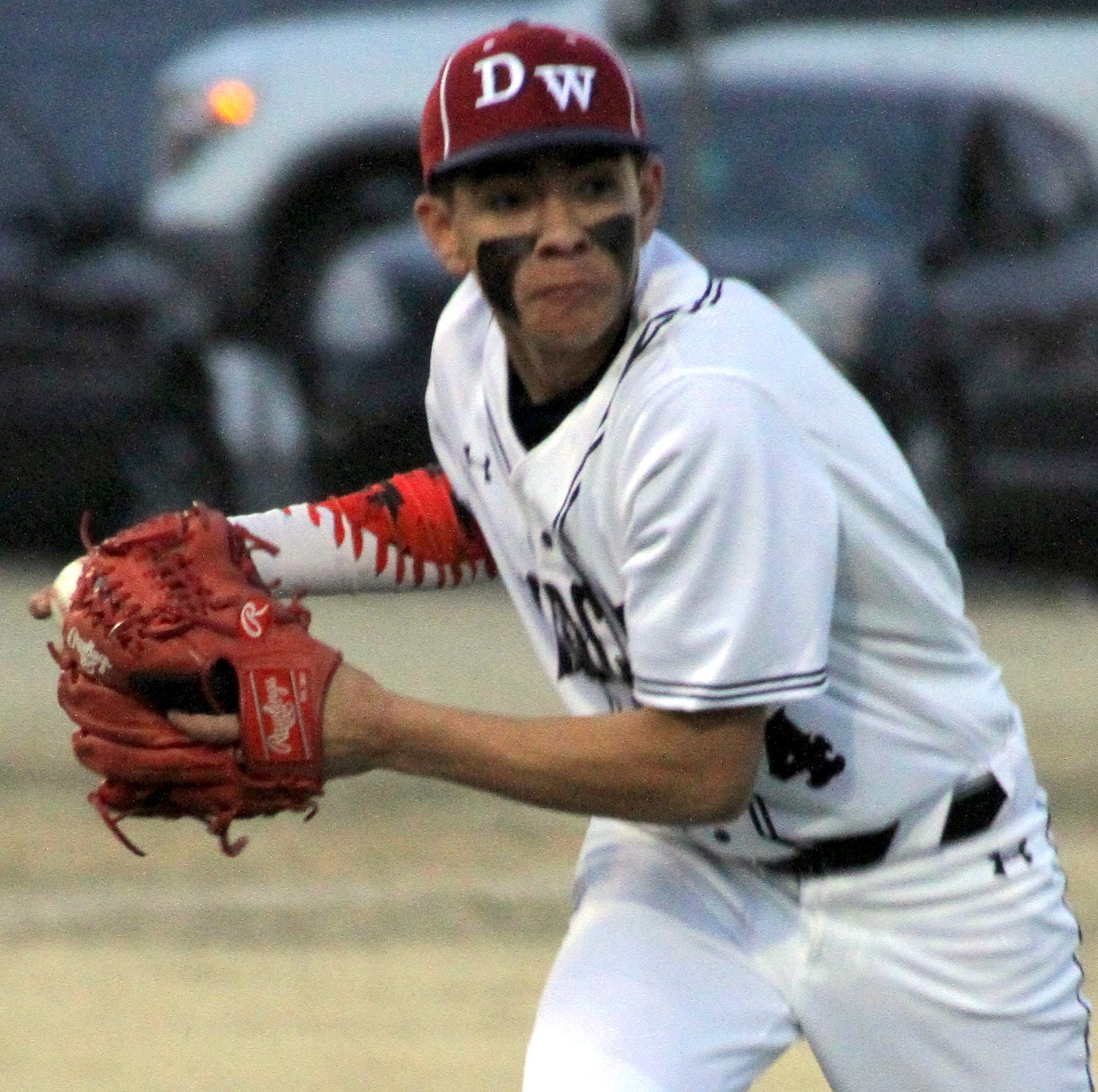 Deming High Wildcats baseball splits District 3-5A double-header at Las Cruces High