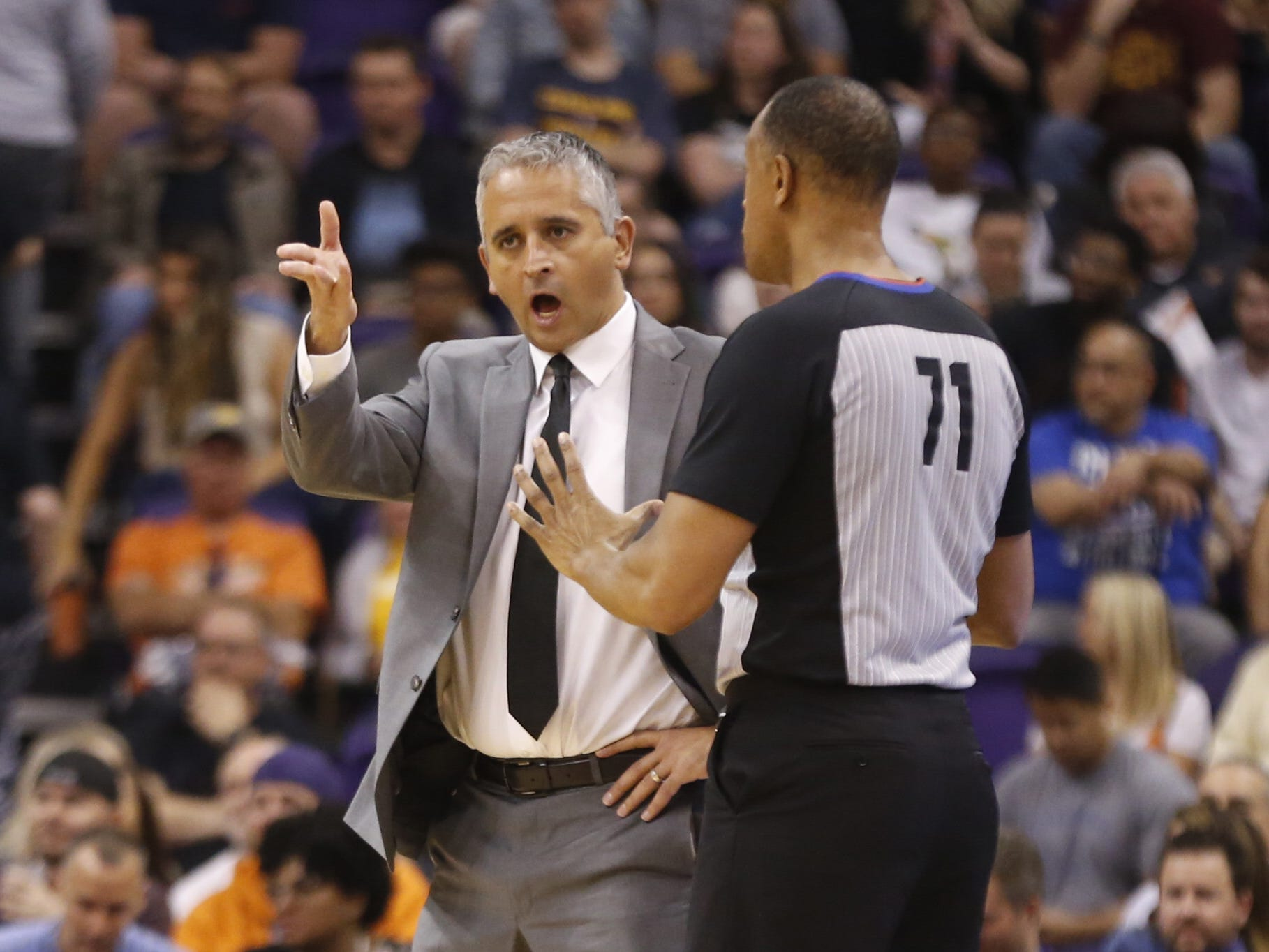 Suns' head coach Igor Kokoskov argues with an official during the first half at Talking Stick Resort Arena in Phoenix, Ariz. on April 1, 2019.
