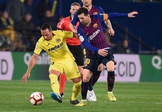 Messi salvó al Barcelona de una derrota que parecía inminente ante Villarreal.