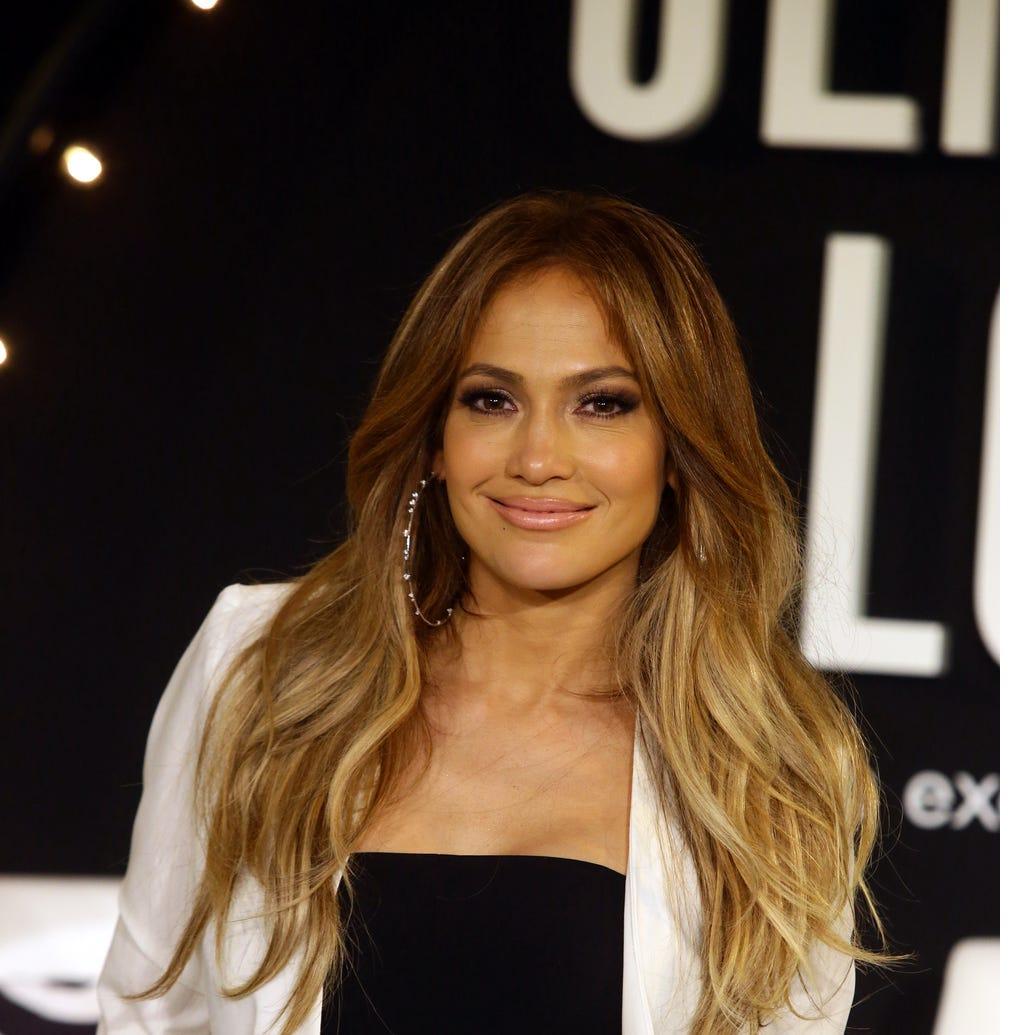 Demandan a Jennifer Lopez