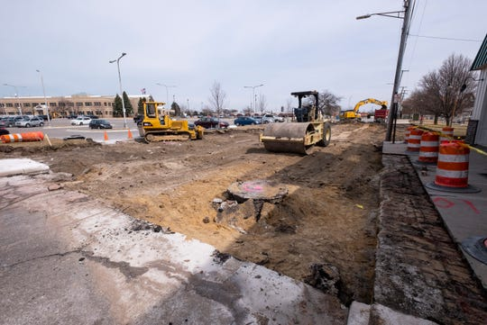Reconstruction has begun on Quay Street between Michigan and Merchant streets in downtown Port Huron. Construction is not expected to affect businesses.