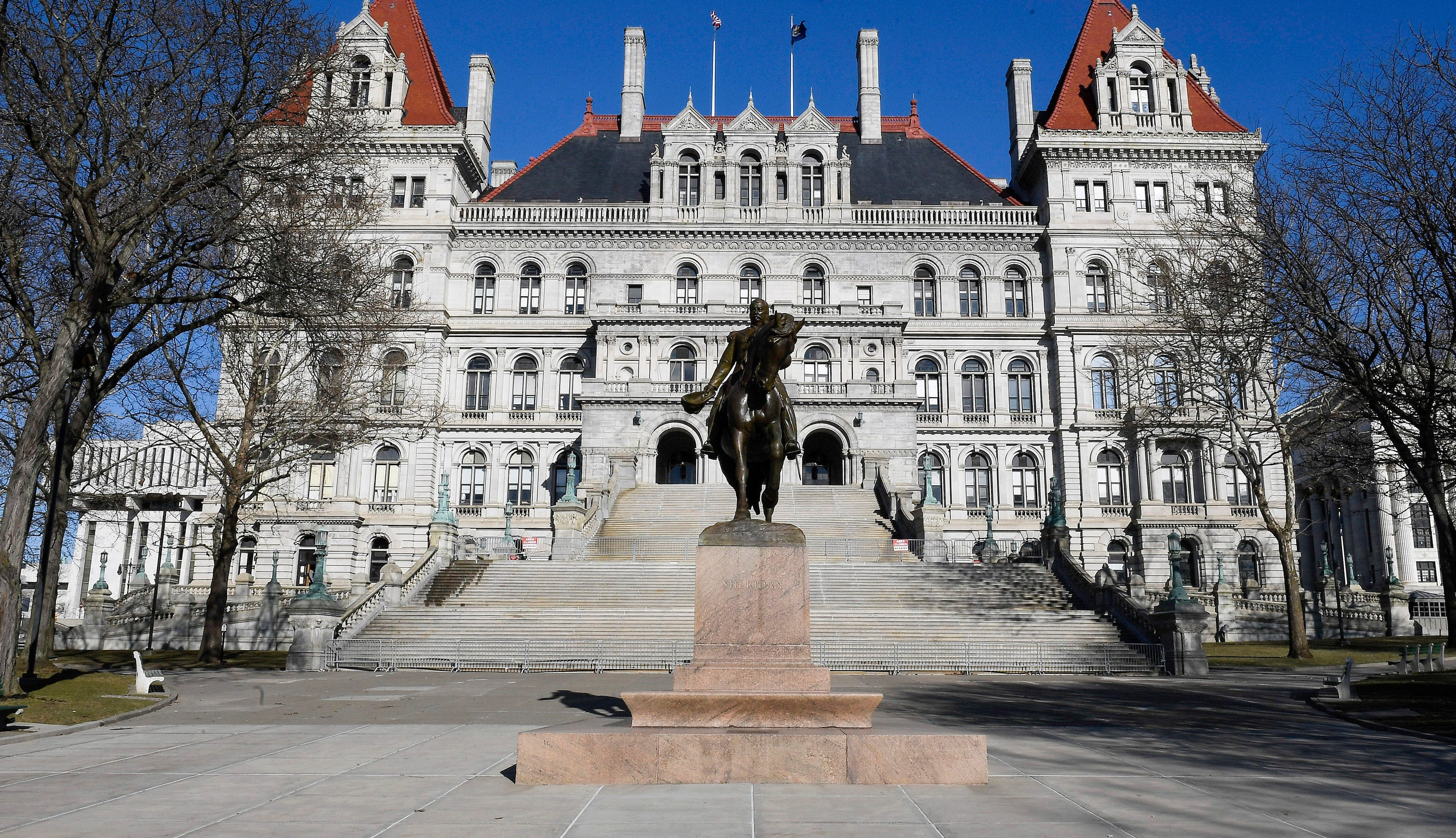Fact Check: New York legislators did not just vote a pay raise during the coronavirus shutdown
