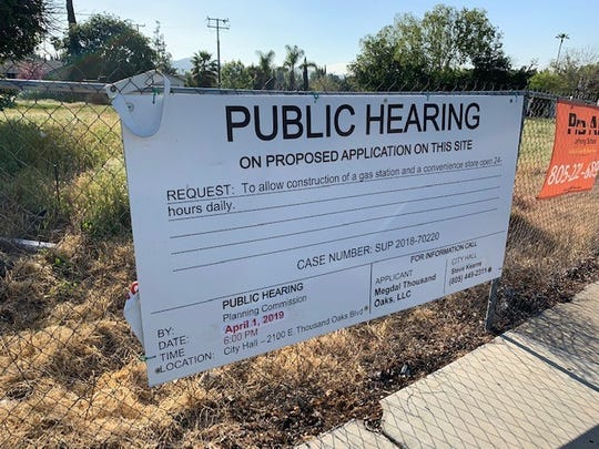 """The Thousand Oaks Planning Commission on Monday night denied """"without prejudice"""" an application to build a 7-Eleven and a gas station on an empty lot diagonally across from Thousand Oaks High School on Moorpark Road. By denying """"without prejudice,"""" the commission is allowing the applicant to amend the project and resubmit it to the commission."""