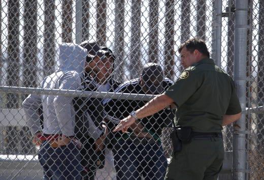 Donald Trump says he'll delay sealing off southern border ...