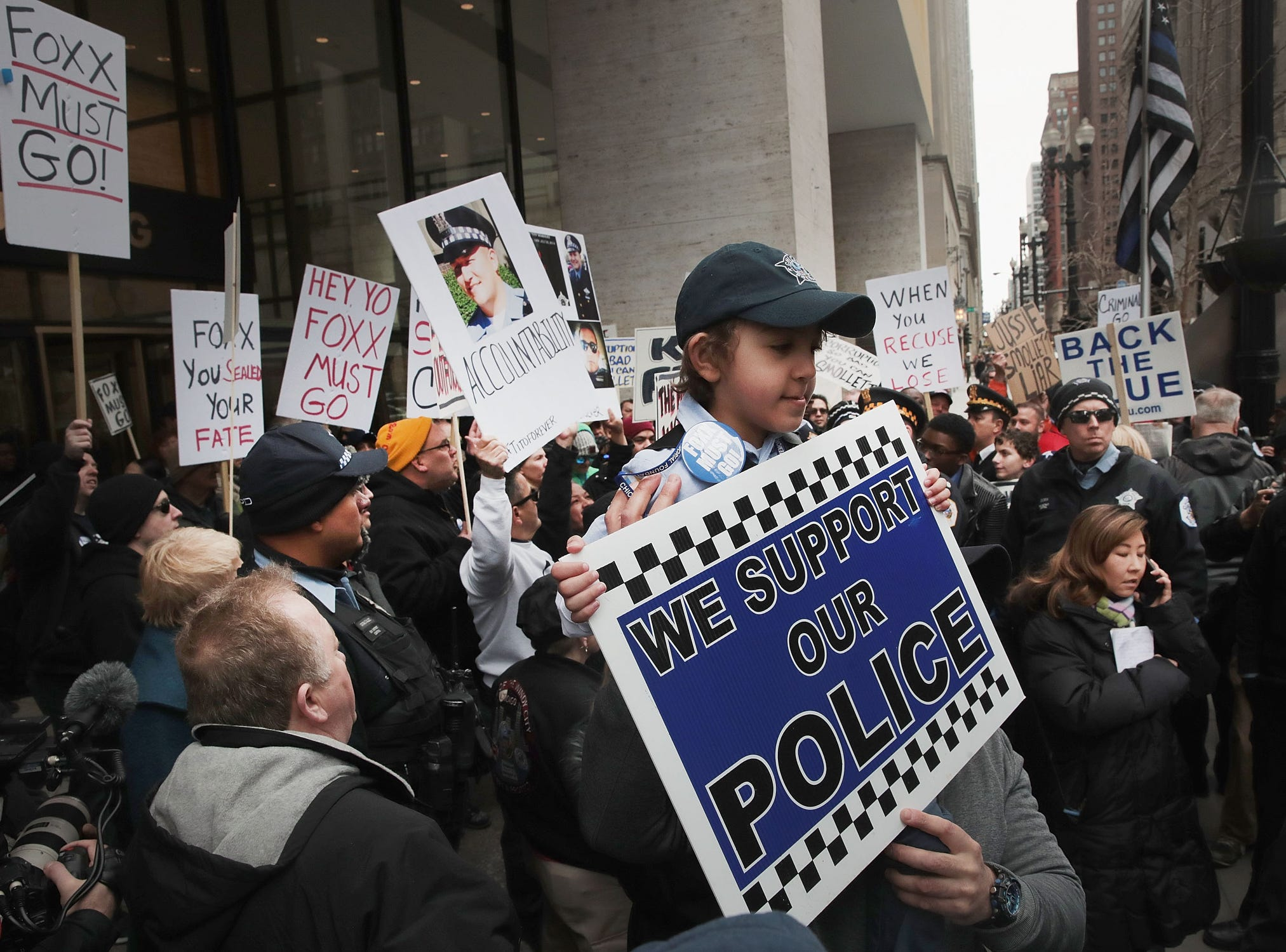 Protestors organized by the Fraternal Order of Police call for the removal of Cook County State's Attorney Kim Foxx on April 1, 2019 in Chicago.