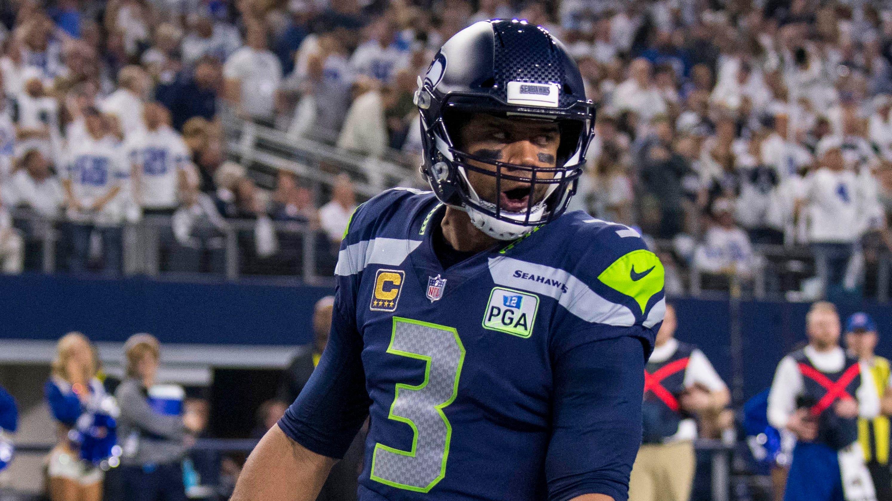 d59e7a92d Seattle Seahawks: Russell Wilson gives team deadline for new contract