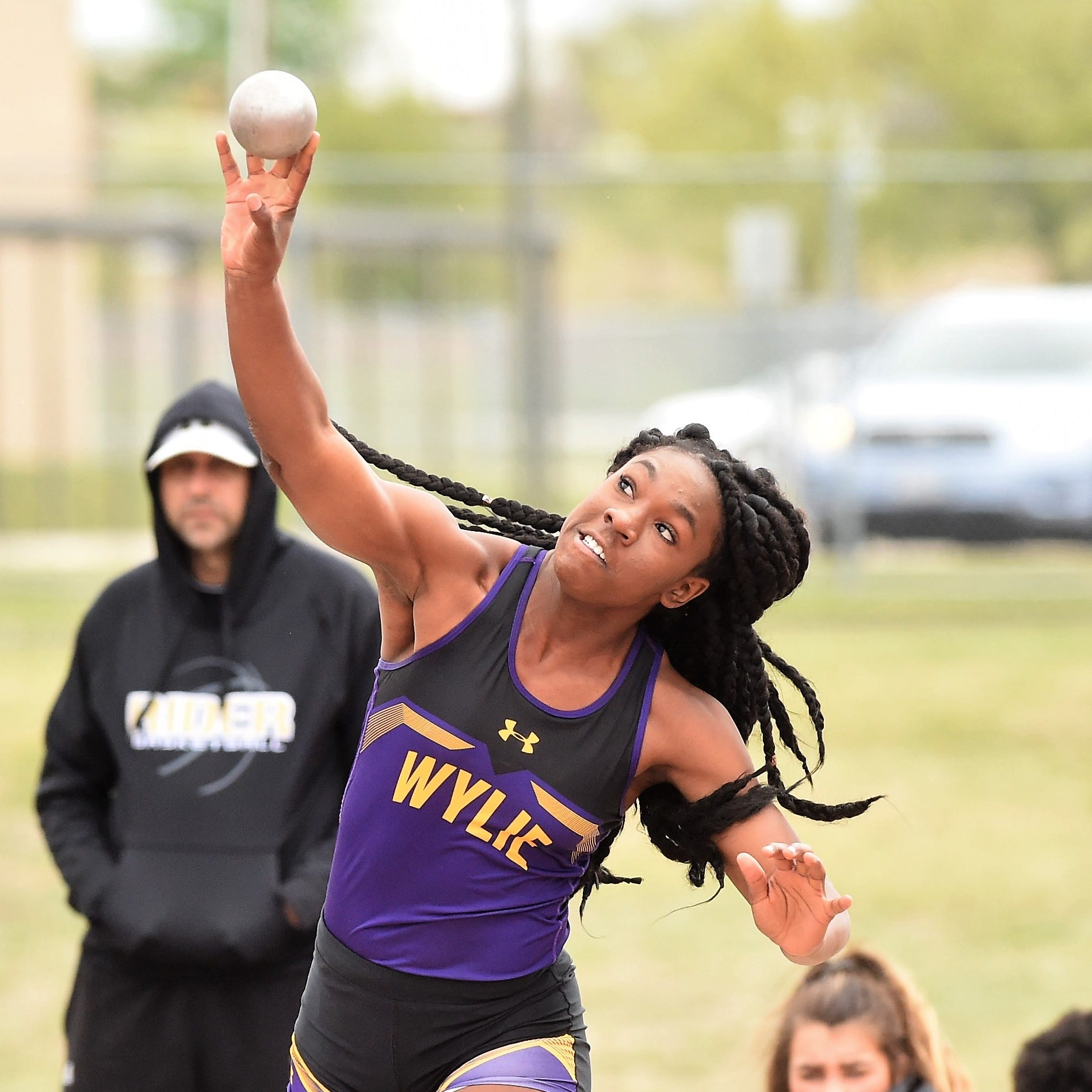 Collins, Grant lead Abilene Wylie girls track and field on first day of District 4-5A meet