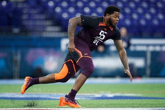 Offensive lineman Jawaan Taylor of Florida works out during day two of the NFL Combine at Lucas Oil Stadium on March 1, 2019 in Indianapolis. (Photo by Joe Robbins/Getty Images)