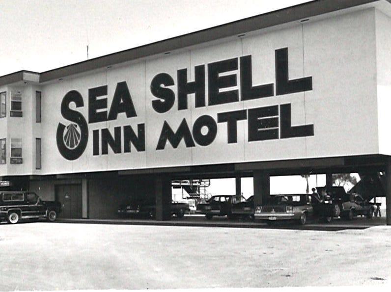 The Sea Shell Inn Motel on Corpus Christi's North Beach in 1982.